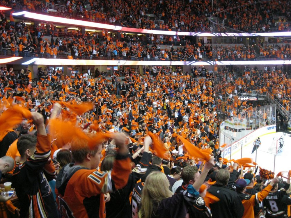 Southern California S Growing Hockey Rivalry Only A Game
