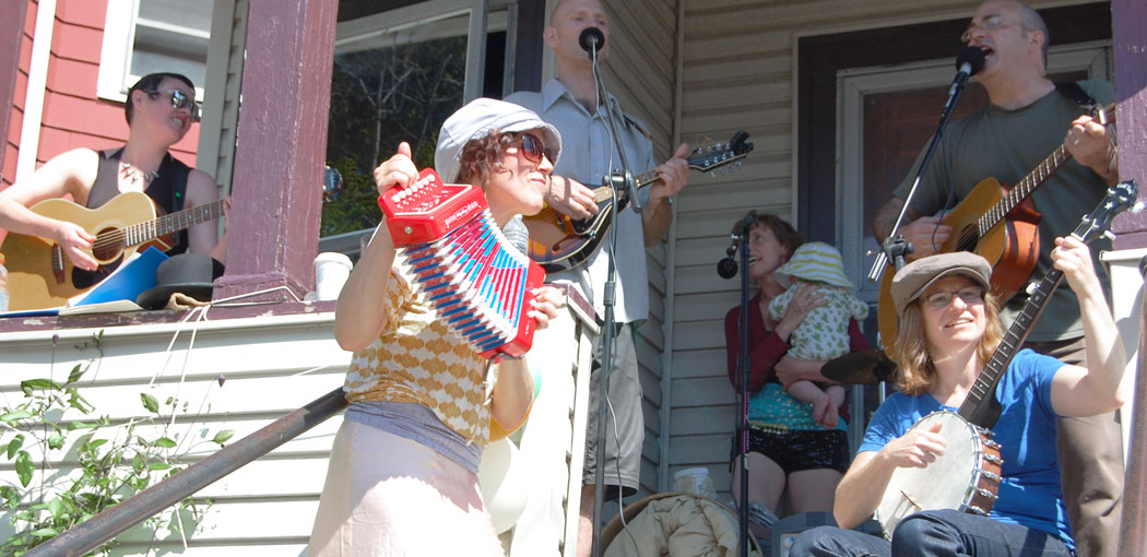 Members of Die Nacktschnecken and A Proper Mob peforming at the 2012 PorchFest. Catch them on Trull Street this weekend. (Greg Cook)