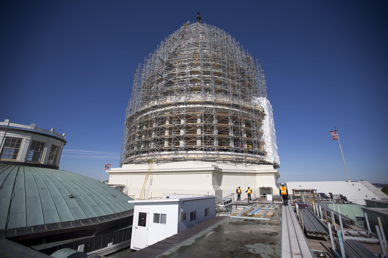 Capitol Building Scaffolding : A year in the news isis midterm politics and to