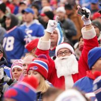 Santa roots for Buffalo.  (Brett Carlsen/Getty Images)
