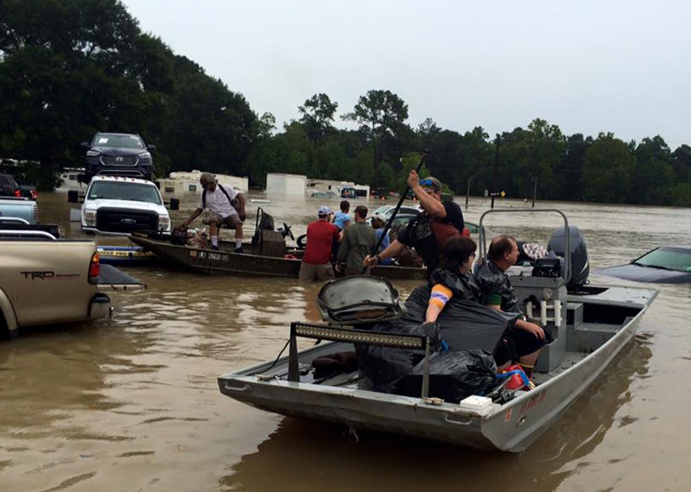 The 'Cajun Navy' Heads Out To Rescue Flooded Baton Rouge ...