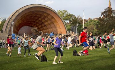 A Tuesday evening free Zumba class at Boston's Hatch Memorial Shell. (Robin Lubbock/WBUR)