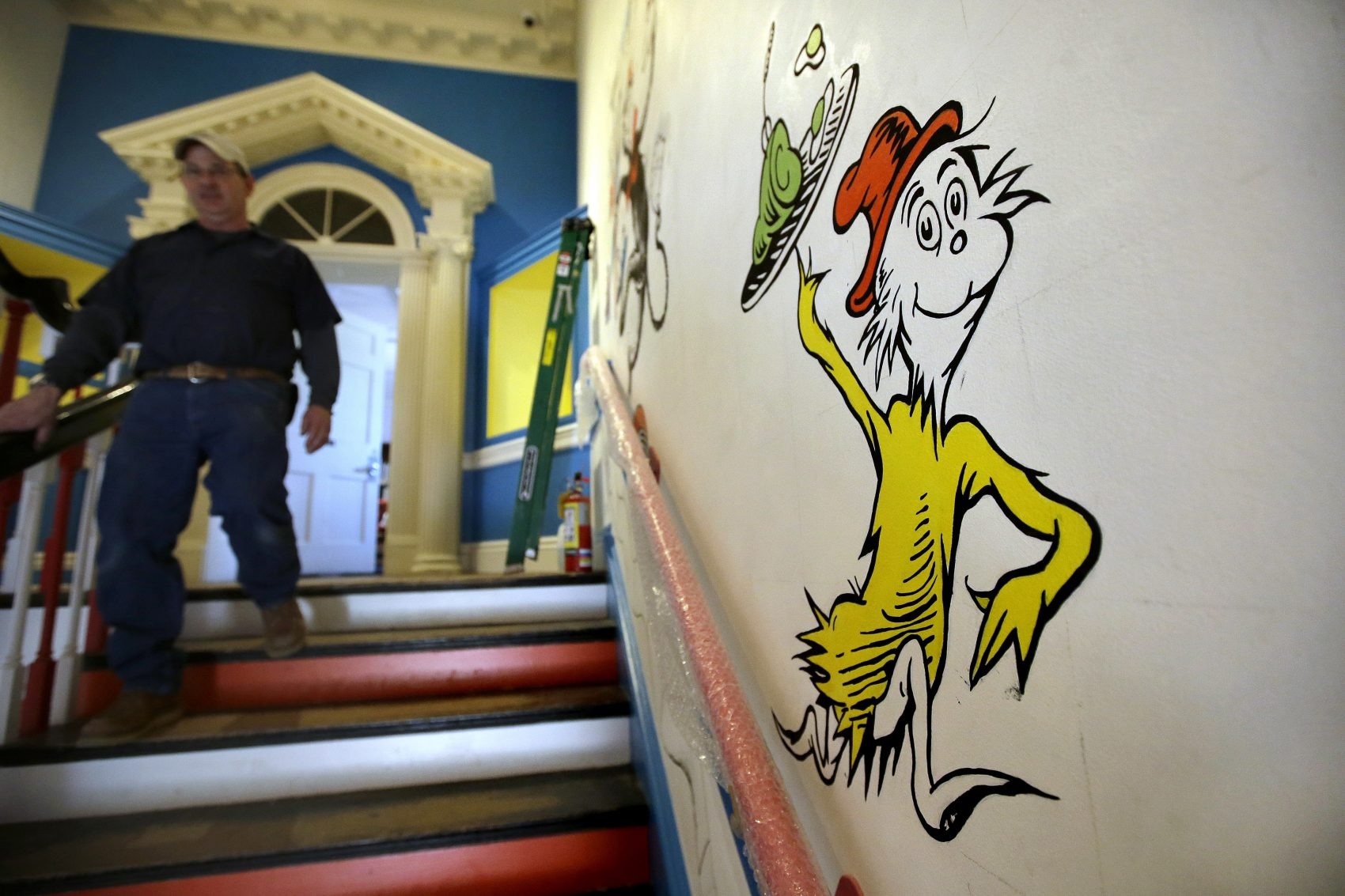 A look inside springfield 39 s new dr seuss museum the artery for Character mural