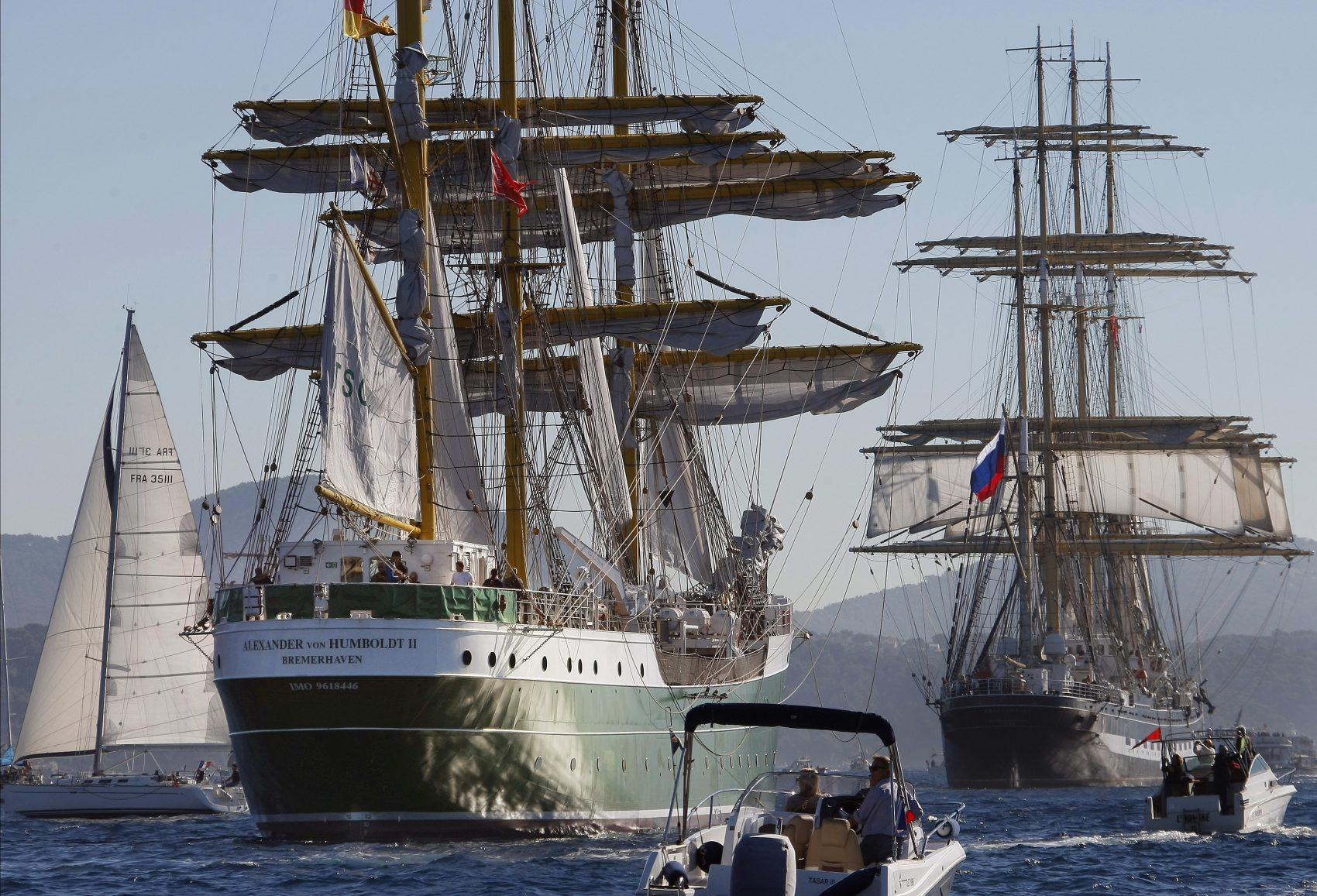 They're Shipping In: Boston Hosts More Than 50 Tall Ships ...