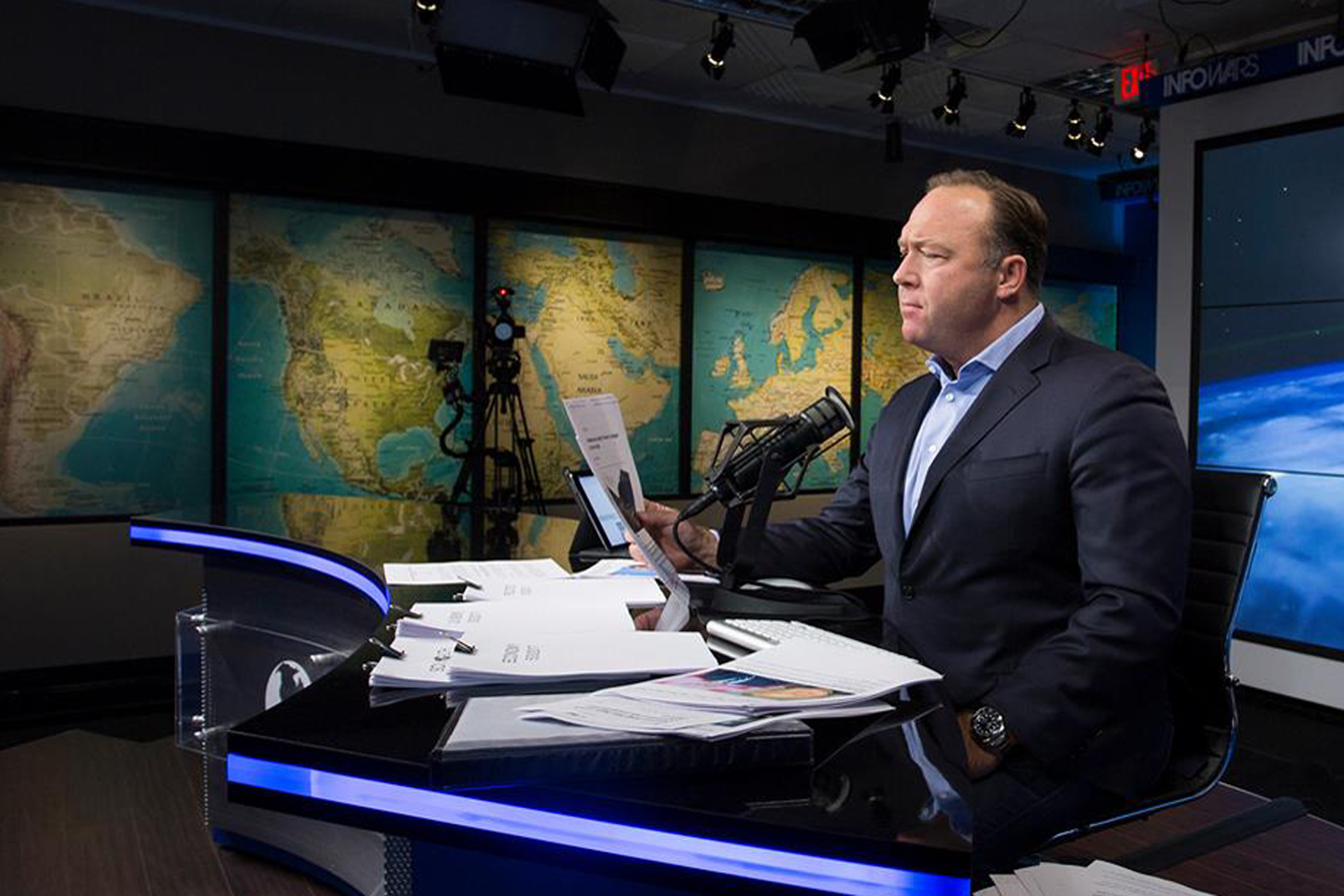 The Alex Jones Radio Show. (Infowars)
