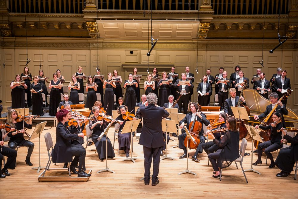 Harry Christophers leads the Handel & Haydn Society Period Instrument Orchestra and Chorus in 2015. (Courtesy Chris Lee/Handel & Haydn Society)