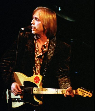 "Tom Petty and the Heartbreakers singing ""I Won't Back Down"" in 1997, at the Fillmore in San Francisco. (Robin Weiner/AP)"