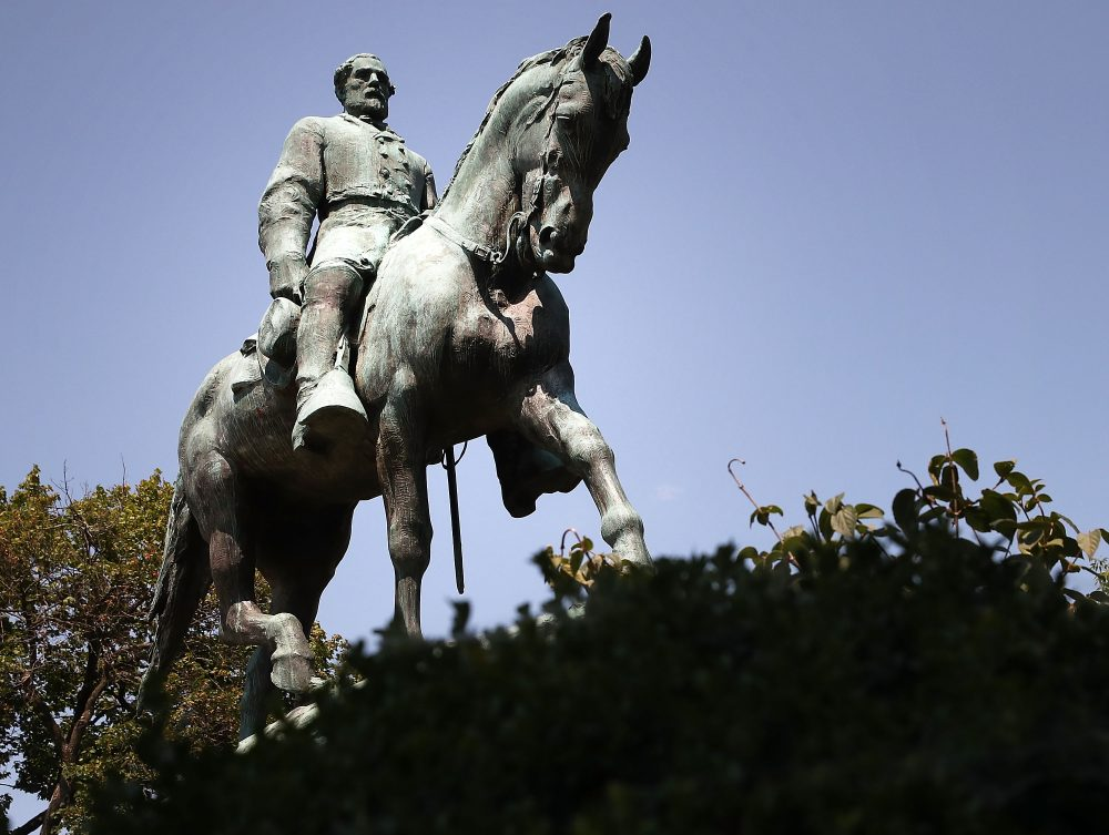 A statue of Confederate Gen. Robert E. Lee stands in the center of the renamed Emancipation Park on Aug. 22, 2017 in Charlottesville, Va. (Mark Wilson/Getty Images)