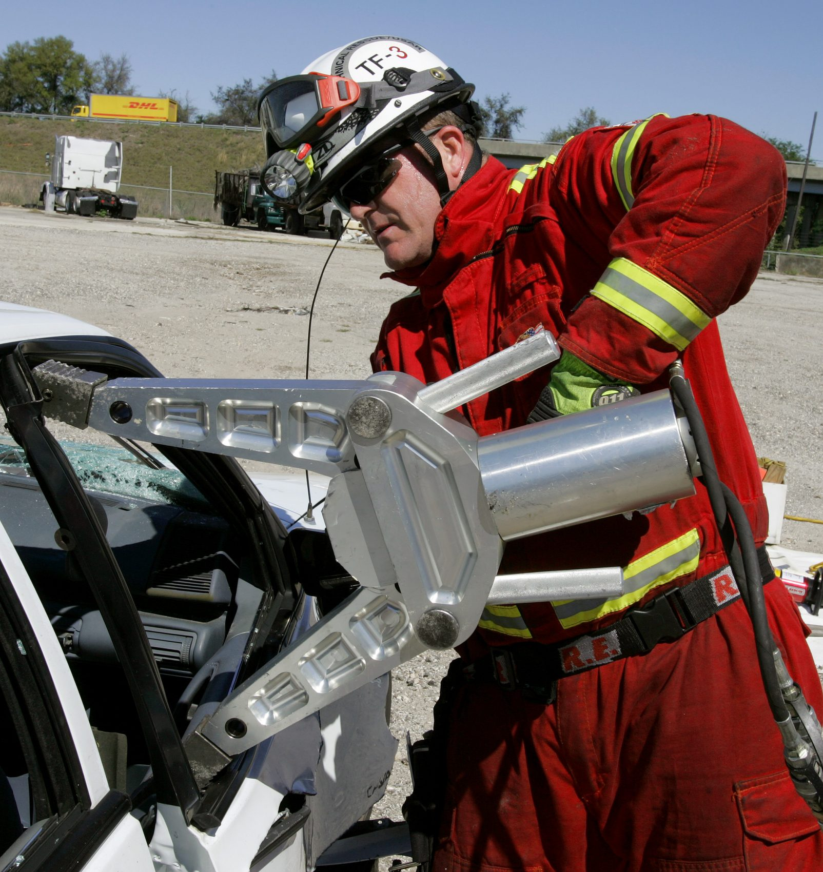 how to build a jaws of life