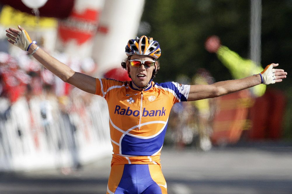 Dekker after a stage victory in the 2007 Tour de Suisse. (Fabrice Coffrini/AFP/Getty Images)