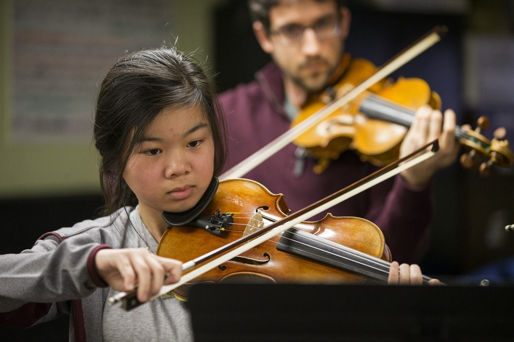 Annabelle Lee rehearses ahead of the performance in Mexico City. (Jesse Costa/WBUR)