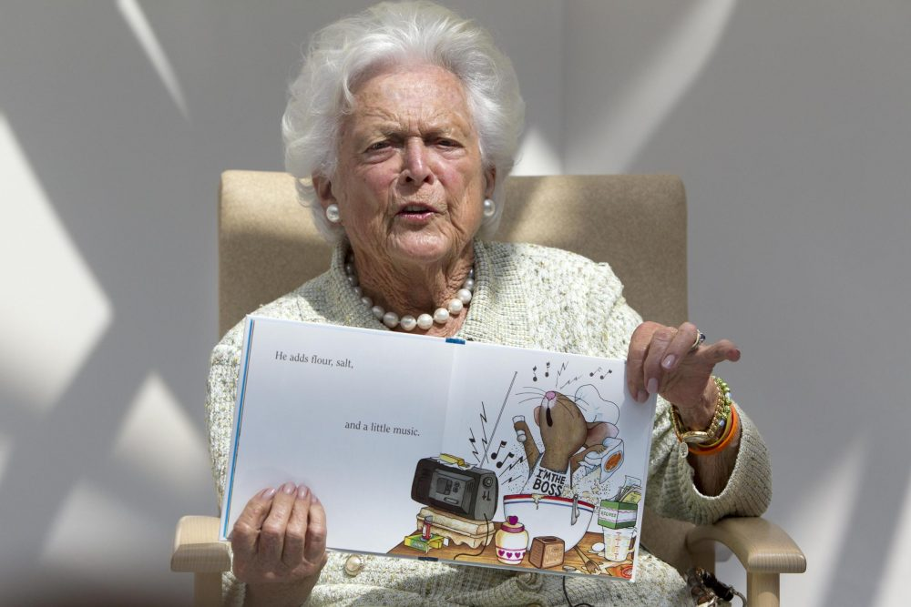 Former first lady Barbara Bush reads to children at the Barbara Bush Children's Hospital in Portland, Maine. (Robert F. Bukaty/AP)
