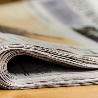 A team of economists is suggesting that when newspapers close, taxpayers lose. (Andrys/Pixabay)