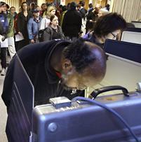 Voters in Seattle, Washington, on Nov. 4, 2008. (AP)