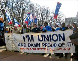 SEIU members and workers from other unions inWashington, DC on Feb. 4, 2009, as SEIU launched efforts to deliver 1.5 million post cards supporting the Employee Free Choice Act to lawmakers. (Photo © 2009 Kate Thomas/SEIU - Flickr)