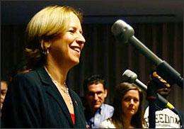 NPR's new president and CEO Vivian Schiller speaks to NPR employees in Washington, D.C., on Jan. 6, 2009. (Photo: David Gilkey/NPR)