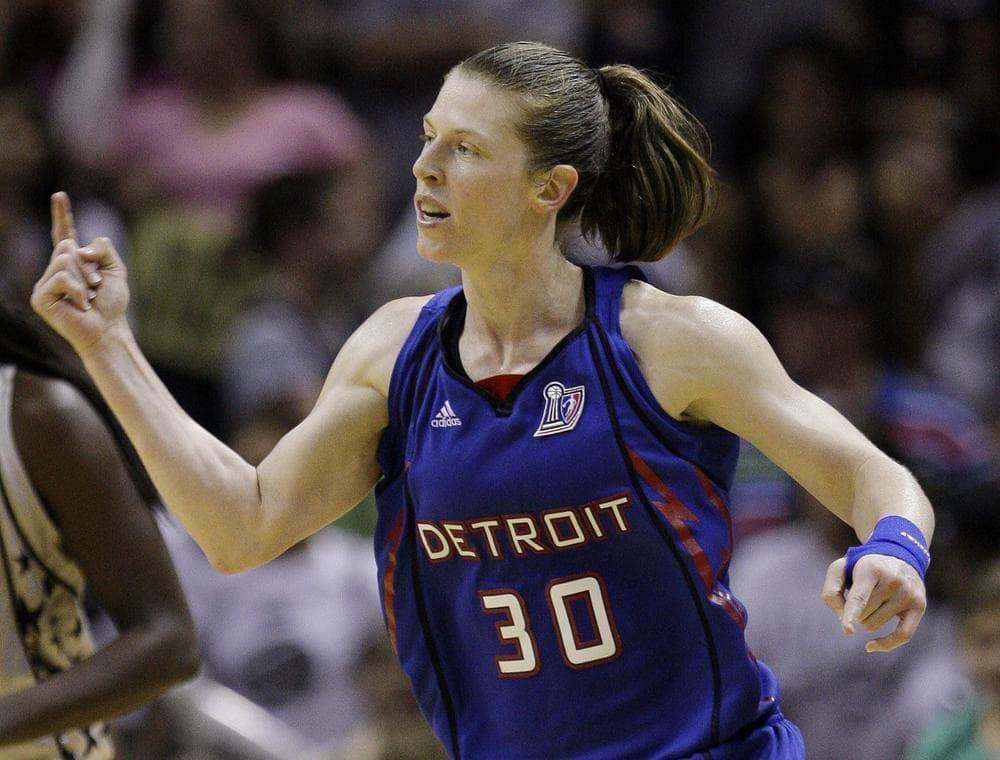 Detroit Shock Katie Smith