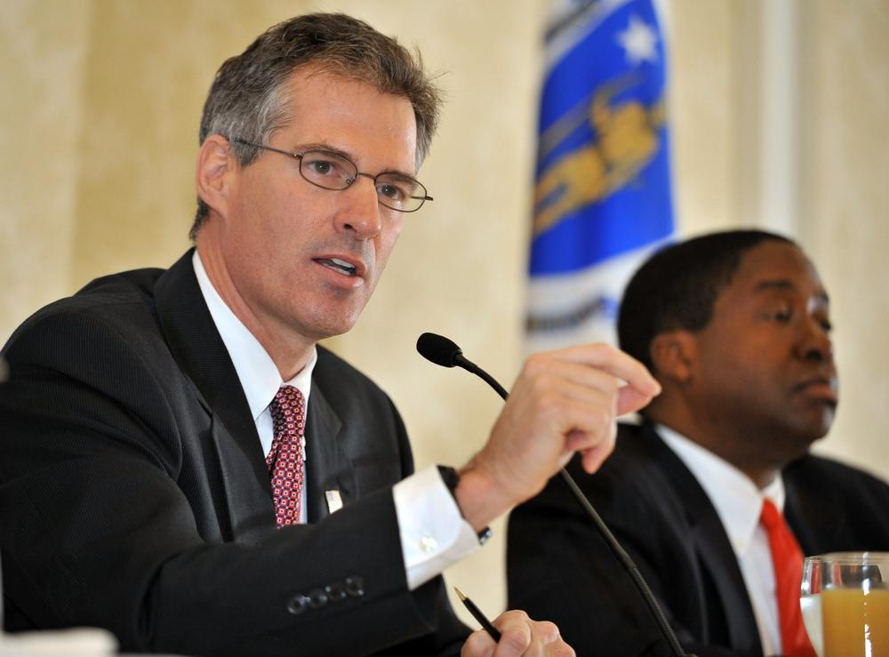 The Republican U.S. Senate candidates, state Sen. Scott Brown, left, and attorney Jack E. Robinson, participate in a debate in Boston on Monday. (AP)