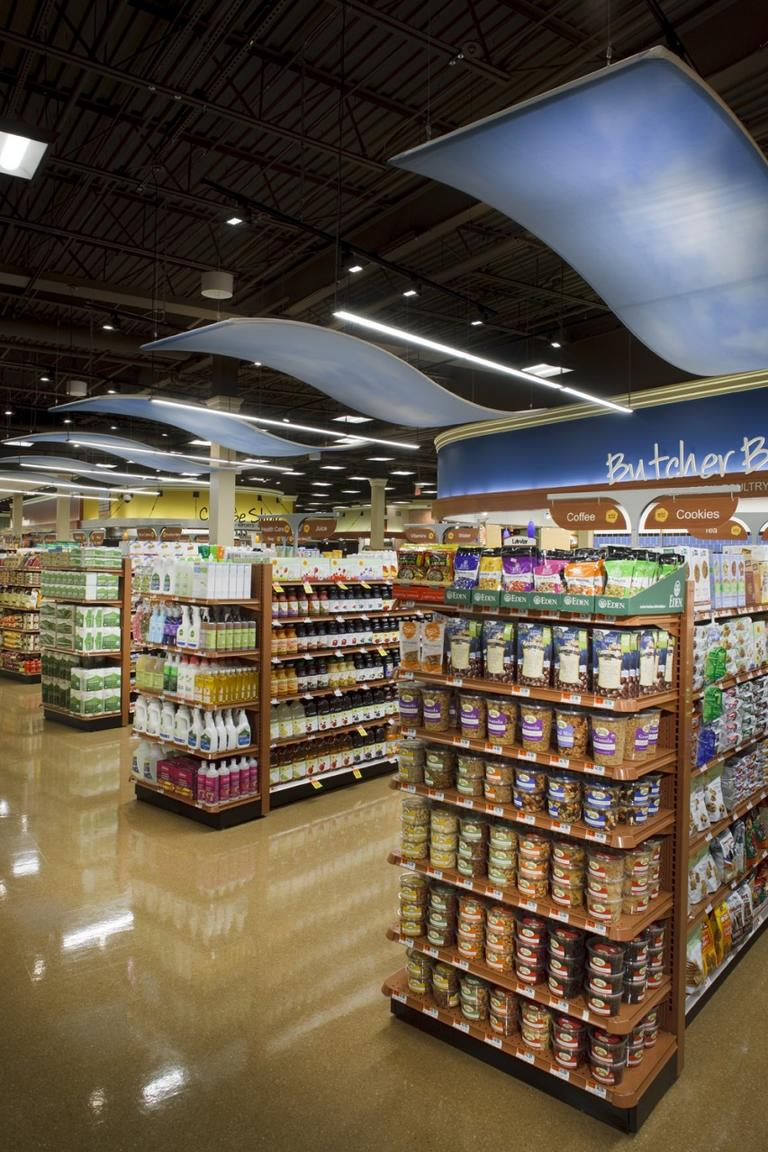 Store brand, not name brand items are making up a larger portion of Shaw's sales during this recession. (Courtesy Mark A. Steele Photography)
