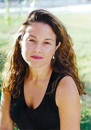 Rachel Zimmerman (Julienne Schaer)