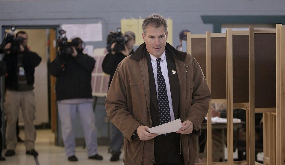 State Sen. Scott Brown casts his ballot in Wrentham on Tuesday. (AP)