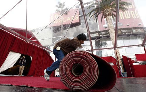 The red carpet for the 82nd Academy Awards is unrolled outside the Kodak Theatre in Los Angeles on Wednesday, March 3, 2010. The Academy Awards will be held Sunday. (AP)