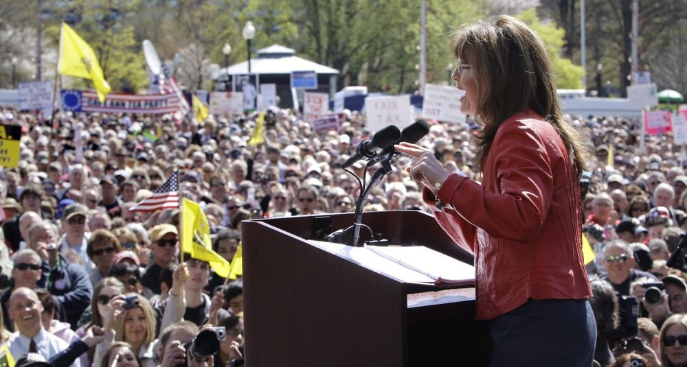 Sarah Palin addresses a crowd on Boston Common. (AP) (Click to enlarge)