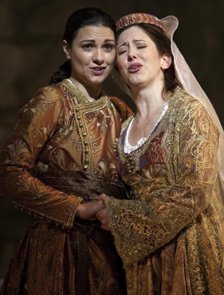 """Idamante (Sandra Piques Eddy) and Ilia (Camille Zamora) in """"Idomeneo"""". (Charles Erickson for BLO)"""