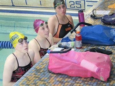 Gardner swimmers receive instruction at Greenwood Memorial Swim Club. (David Boeri/WBUR)