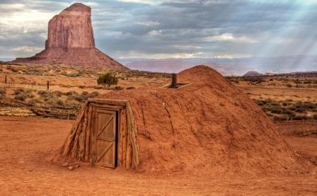 Navajo Hogan, Monument Valley, Ut. Scientists use tree rings to determine the date of such structures. (Flickr/Wolfgang Staudt)