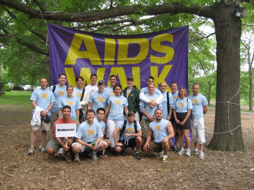 A group at the 2007 AIDS Walk. (Bennel/Flickr)