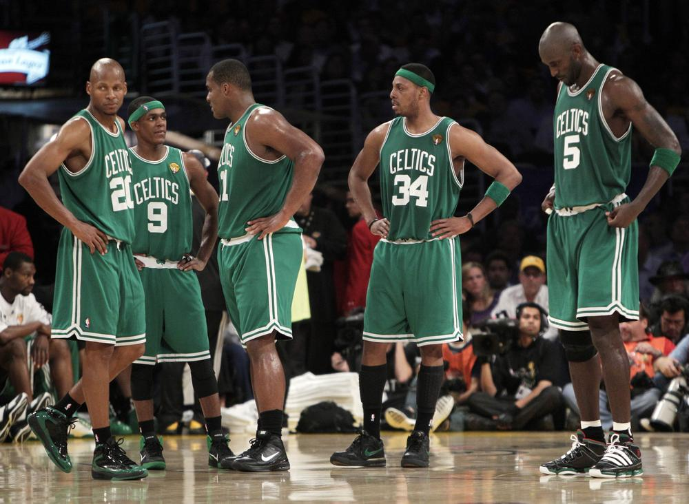From left, Boston Celtics' Ray Allen, Rajon Rondo, Glen Davis, Paul Pierce and Kevin Garnett gather during a timeout in the second half of Game 6 of the NBA Finals. (AP)