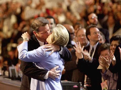 Al and Tipper Gore kiss on stage at the Democratic National Convention in Los Angeles in 2000. (AP)
