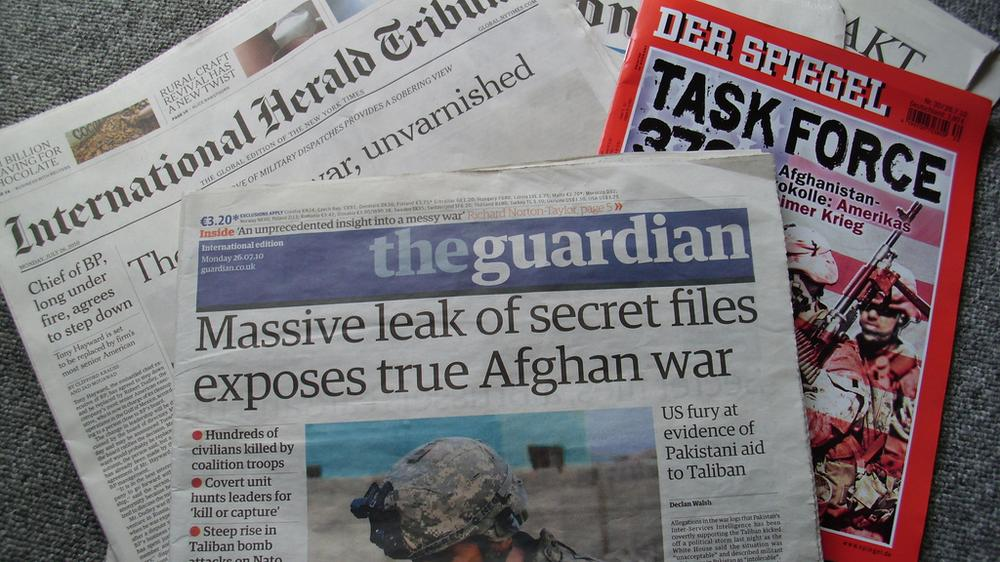 Wikileaks let other major newspapers break their story for them. (Alexcovic/Flickr)