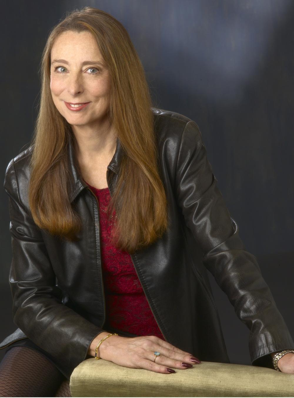 Author Ann Beattie (Sigrid Estrada)