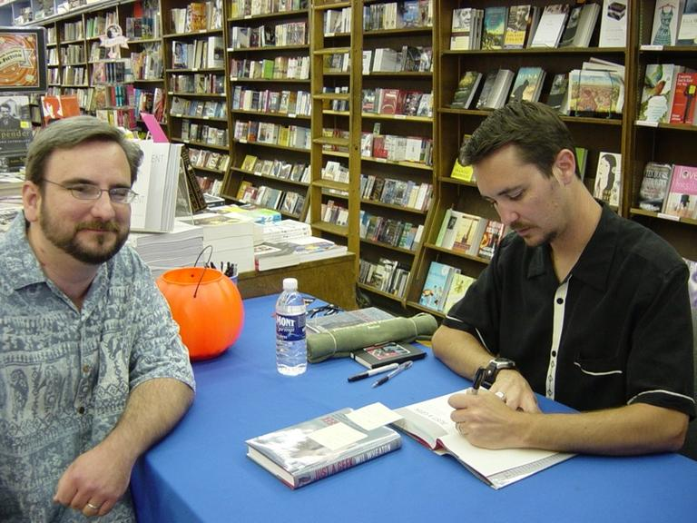 Actor/writer Wil Wheaton (right) and a fan at a book signing at Brookline Booksmith (DiscourseMarker/Flickr)