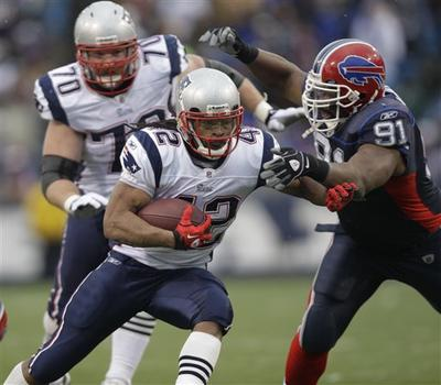 New England Patriots' BenJarvus Green-Ellis runs against the Buffalo Bills during their football game in Orchard Park, N.Y., on Sunday. (AP)