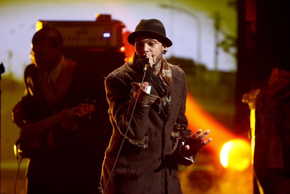 Musician Travie McCoy performs at the Teen Choice Awards in Universal City, Calif. (AP)