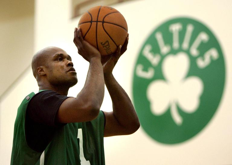 Then-Celtics forward Antoine Walker takes foul shots at the team's practice facility in 2005. (AP)