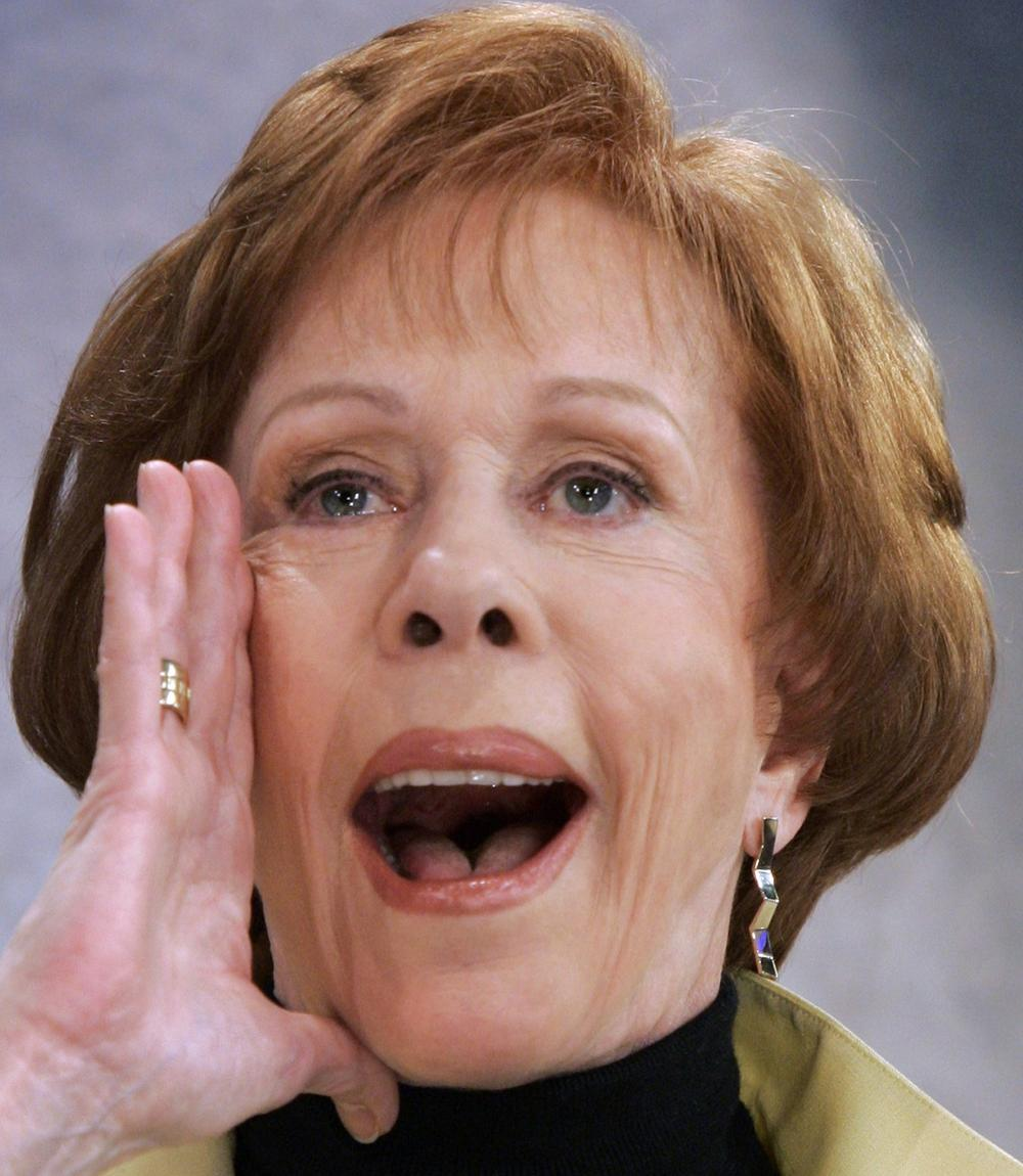 """Actress and comedienne Carol Burnett performs her famous Tarzan yell during her appearance on the NBC """"Today"""" television program, in New York. (AP)"""