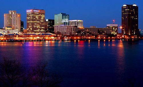 Norfolk, VA (Credit: Joey Sheely, Wikimedia Commons)