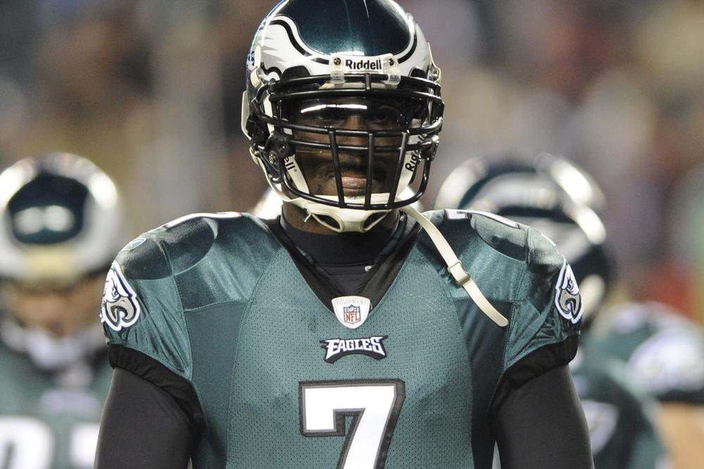 Philadelphia Eagles quarterback Michael Vick. (AP Photo/Michael Perez)