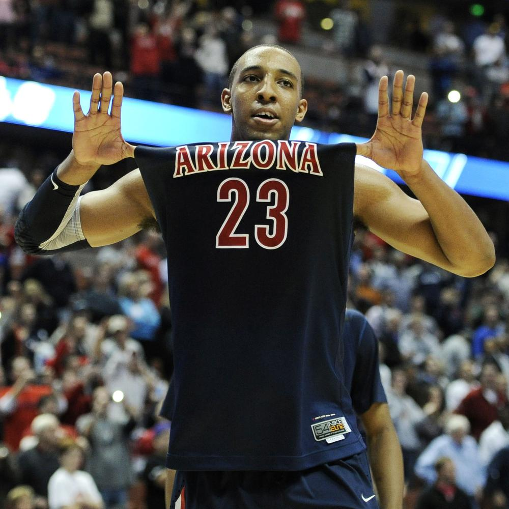 Arizona's Derrick Williams put up 32 points in the take down of number one seed Duke. But does he deserve to get paid for it? (AP)