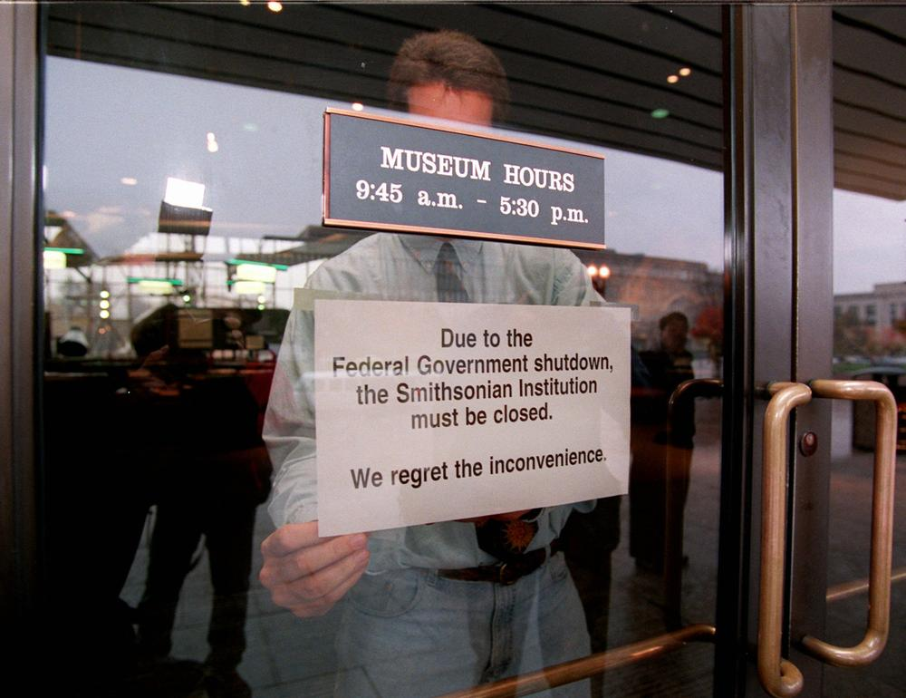 A closed sign is affixed to a door at the Smithsonian's Air and Space Museum in Washington Tuesday Nov. 14, 1995 as parts of the federal government were shutdown due a federal budget impasse between President Clinton and the Republican Congress. (AP)