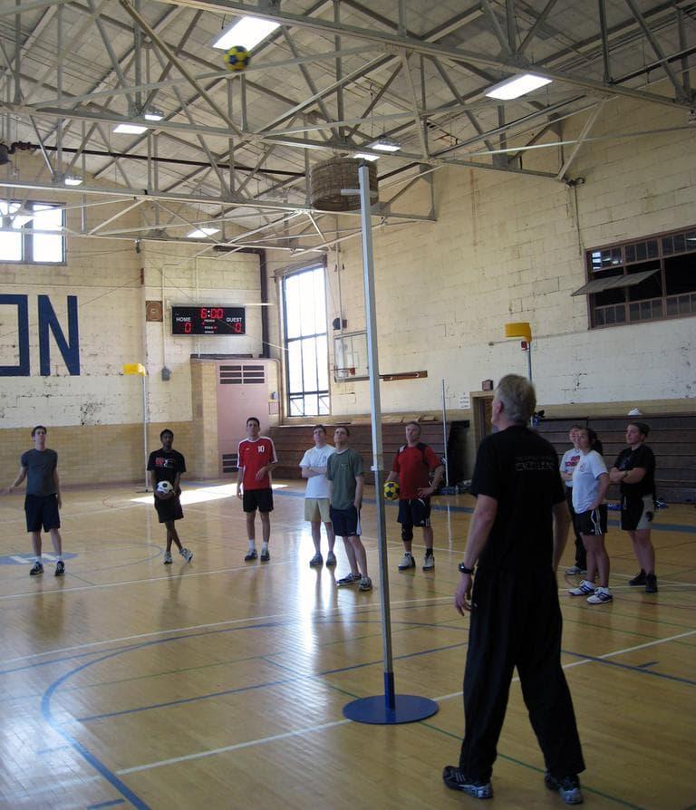 Steve Barker, front, runs a a korfball clinic. (Doug Tribou)