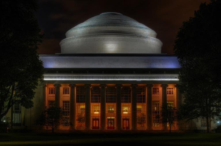 MIT's great dome in Cambridge (Nietnagel/Flickr)