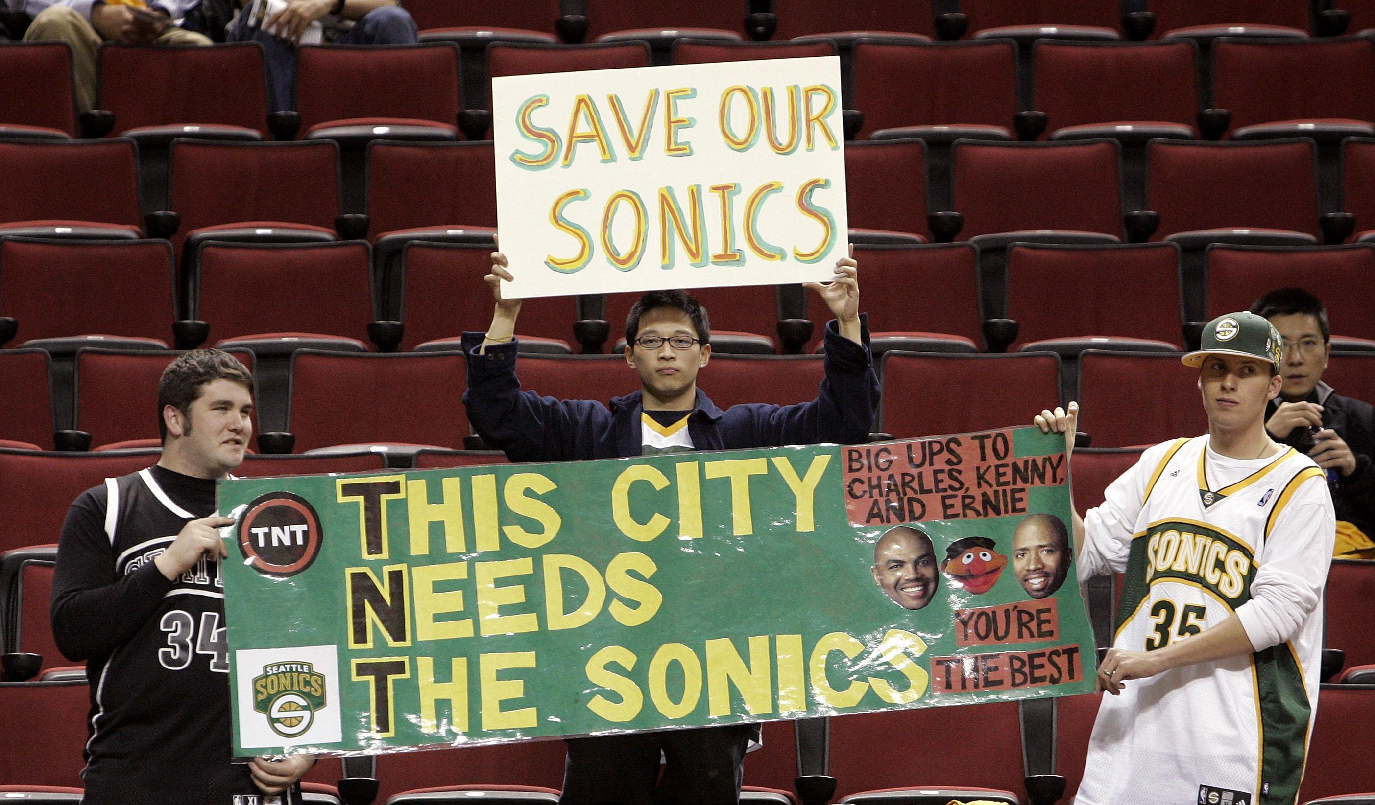 9fdc21c4017b Seattle Fans Despair With Thunder In NBA Conference Finals