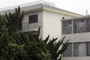 The top-left, third-floor apartment is where Bulger and Greig were arrested in Santa Monica, Calif. (AP)