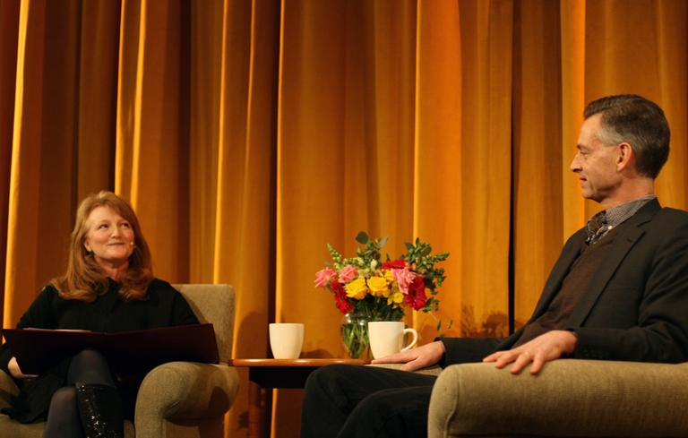 Krista Tippett interviews journalist and author Robert Wright. (On Being/Flickr)