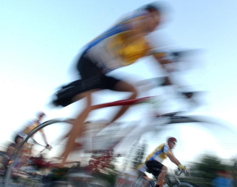 PMC cyclists set out from the start in Sturbridge. (AP)